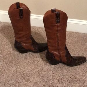 Coldwater Creek leather brown cowboy boots.